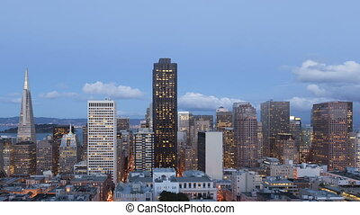 Time lapse San Francisco Twilight - Time lapse close up of...