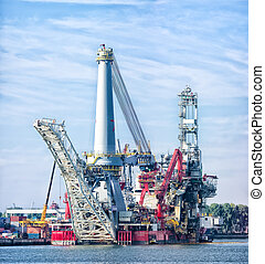 heavy lift vessel - Heavy lift vessel Seven Borealis in the...