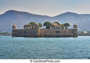 Jal Mahal in Man Sagar Lake, Jaipur, Rajasthan