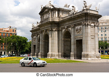 Alcala Gate in Madrid - The Alcala Gate, one of Madrids most...