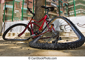 Broken bike - Close up photo of a bicycle totally broken in...