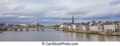 Panorama of the Servatius bridge and old center of...