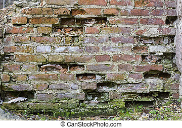 chipped bricklaying - The chipped blown-up ancient...