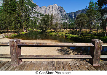 photo yosemite national state park, ca, usa