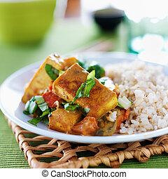 vegan, Tofu, curry, con, marrone, riso,