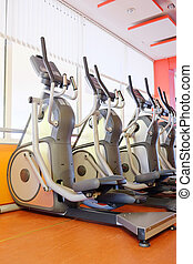 elliptical cross trainer - Elliptical cross trainer in a row...