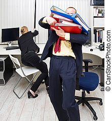 Uncooperation - Two colleagues in the same office, failing...
