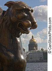 St. Petersburg. Griffin - Griffin - bronze winged lions in...