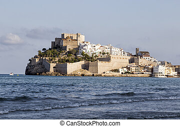 Peniscola - View of Peniscola and Pope Luna castle