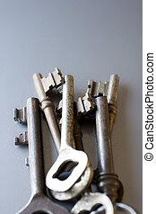 old keys, old hospitable reception