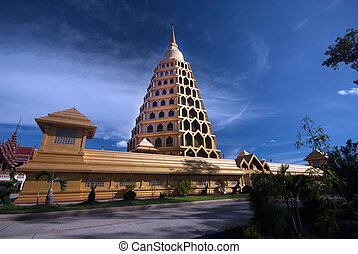 Pha Tas Jedi Sri Pho Thong is pagoda in Wat Ta It,Thailand