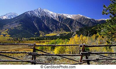 Colorado Landscape - Scenic autumn landscape in Rocky...