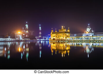 Golden Temple (Harmandir Sahib) in Amritsar, Punjab, India