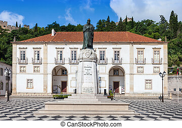 Tomar city center - Republic Square and Town Hall in Tomar,...