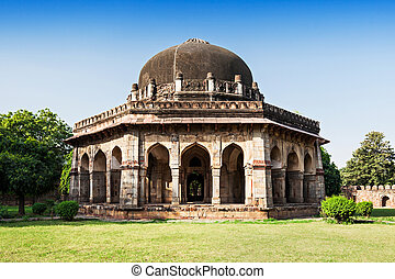Lodi Gardens - architectural works of the 15th century...