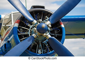Engine propeller - View of the propeller aircraft closeup....