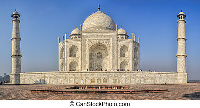 Taj Mahal - Picturesque view of Taj Mahal, famous landmark...