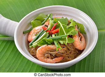 Shrimp and vermicelli bake topped with spicy sauce. thai...