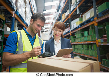 Worker and manager scanning package - Portrait of manual...