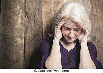a, déprimer, personne agee, personne, à, bois,...