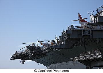 USS Midway (CVB/CVA/CV-41) was an aircraft carrier of the...