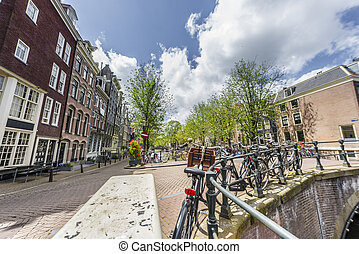 Keizersgracht canal in Amsterdam, Netherlands. -...