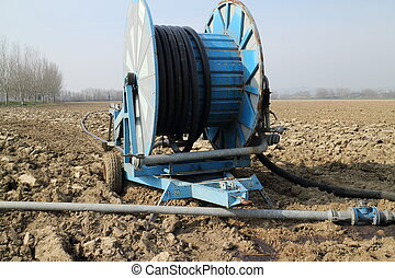Equipment for the manuring of the fields cultivable