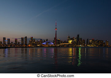 Toronto skyline - Skyline of Toronto over Ontario Lake after...