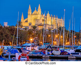 spain, mallorca, palma cathedral - spain, mallorca, palma....