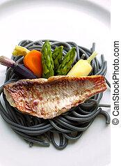Red mullet fillet, vegetable and ink pasta