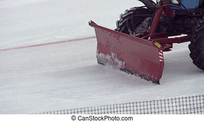 Clearing of Snow - Snow-removal equipment carriageway and...