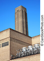 Tate Moderm - The Tate Modern on the South bank of London,...
