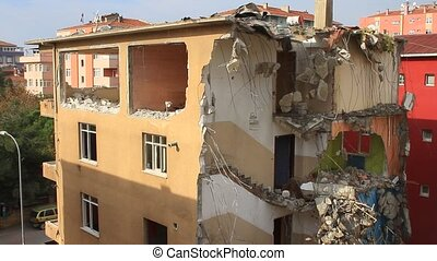 Block under demolition - Istanbul sits on a vulnerable fault...