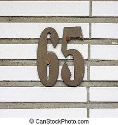 nombre, 65,