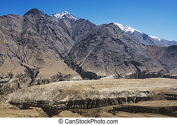 amazing black mountain and desert ,Leh-Nubra Valley Rd...