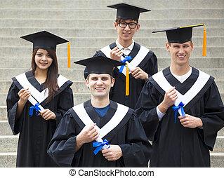 estudiantes, universidad, joven, graduación, vestidos,  Campus