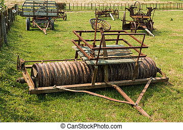 Vintage Paddock Roller