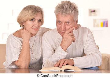 hermoso, más viejo, couple, ,