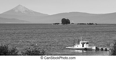 Klamath Lake Mt McGloughlin - An ol boat on Klamath Lake in...