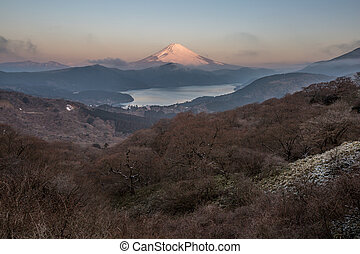 Fuji Mountain Lake Hakone Sunrise - Mountain Fuji in winter...