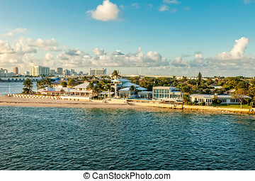 Ft. Lauderdale - Intercoastal waterway and cruise port in...