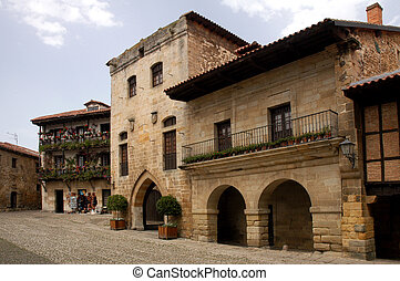 Santillana - Old house
