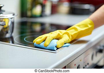 mulher, fogão, cima, Limpeza, lar, fim, cozinha