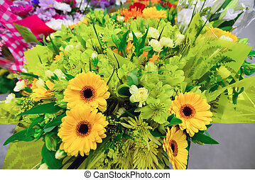 Lot different flowers images and stock photos 889 lot for A lot of different flowers make a bouquet