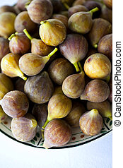 Figs - Fresh figs on a plate in a kitchen