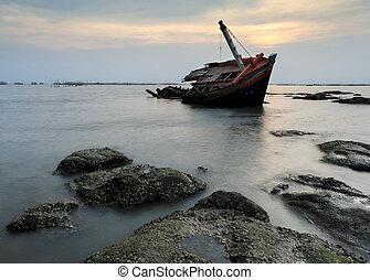 The wrecked ship , Thailand