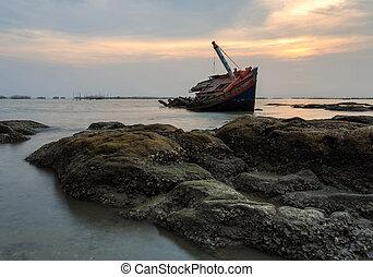 The wrecked ship , Thailand - The wrecked ship  , Thailand