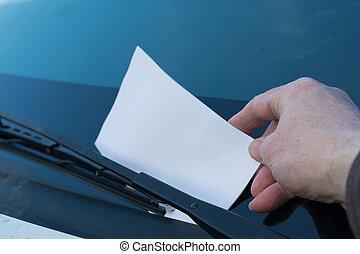 Punished parking attendant - Strafzettel wird von...