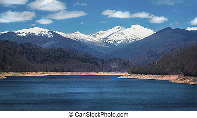 Vidraru lake - Romania - Vidraru Lake is a reservoir lake...
