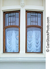 Dual window - Architectural detail - dual window in classic...
